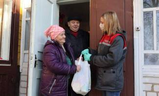 """The responsibility for the life and health of our wards lies on us."" How social workers of the Grodno region take care of the elderly people"